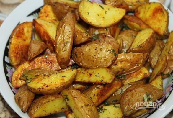 Как сделать картошку в духовке по деревенски рецепт с фото в